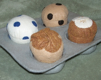 Set of 4 Felt Food Muffins with Muffin Pan