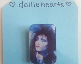 Siouxsie Sioux brooch/pin