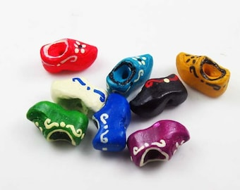 10 Tiny Clog Beads - Mixed
