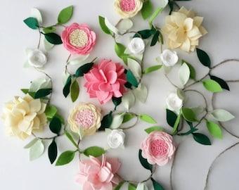 Felt Flower Garland - CUSTOMIZABLE- Felt flower vine, wedding decor, nursery decor, room decoration, baby shower decor