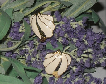 Cream and gold feather/leaf earrings-Clip (lever/screw)