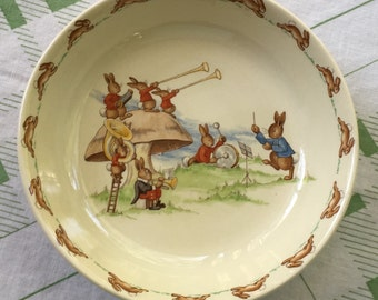 Vintage Royal Doulton Bunnykins Bowl - Bunnies In A Band- PRISTINE - 1937-1954