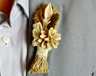 Men pin wedding Boutonniere woodland Buttonhole natural Rustic boutonniere boho Winter wedding pin Men lapel dried boutonniere Groom corsage