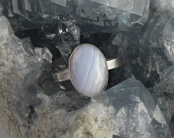Silver ring chalcedony, handmade ring with oval gemstone