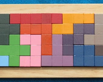 Pentomino Puzzle, 2cm wooden cubes, 12 x 5 tray included.