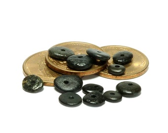 Beach Stones Famous LICORICE DOTS Center Drilled Jewelry Pebbles Beads Black Wheels Cairn Donuts diy Spacers Black Granites