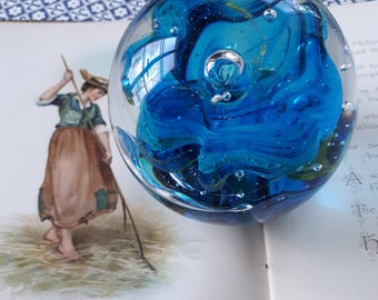 paperweight, sulphide in blue glass. Collectible and decorative paperweight