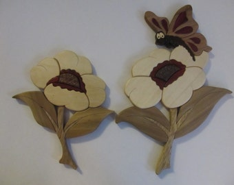 Intarsia Betty Butterfly with flowers