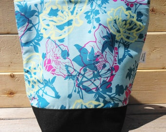 Insulated Lunch Bag - Floral on Blue