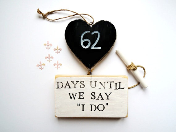 Countdown To Wedding Gifts: Wedding Countdown Sign Fiance Gift Bride Gift Days Until We