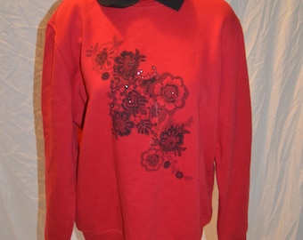 Vintage Northern Reflections Red With Floral Print Collared Pullover Sweater / Sweatshirt -  Size Medium