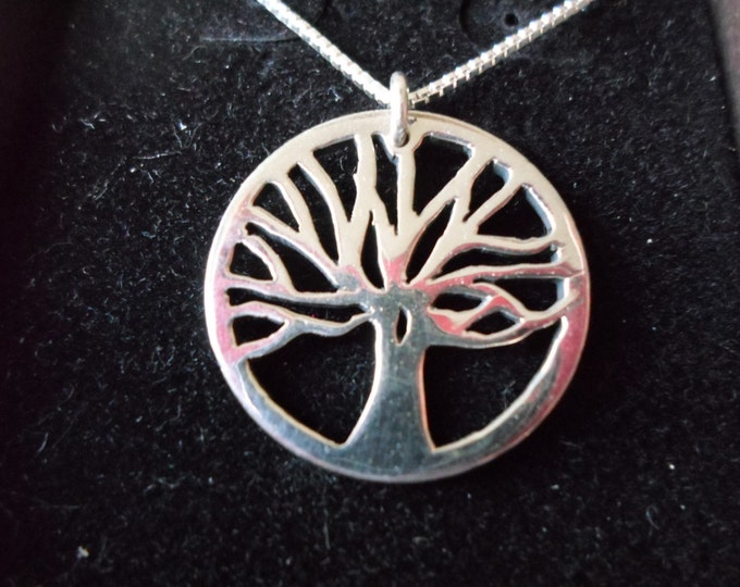 Tree of life necklace quarter size w/sterling silver chain