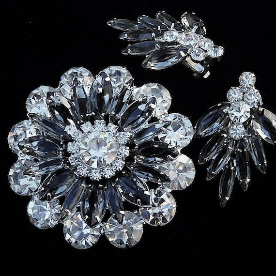 Rhinestone Brooch Earrings Set / Demi Parure