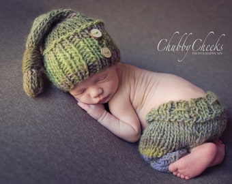 PDF Knitting PATTERN for beginners - Newborn Baby Hat and Pants Size 0-1 month. Made with straight needles. Writen in US tems