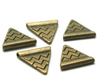 etched bronze 14x14mm 5 triangular beads