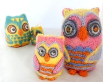 Needle felted owl mother and baby pink bird unique gift home decor