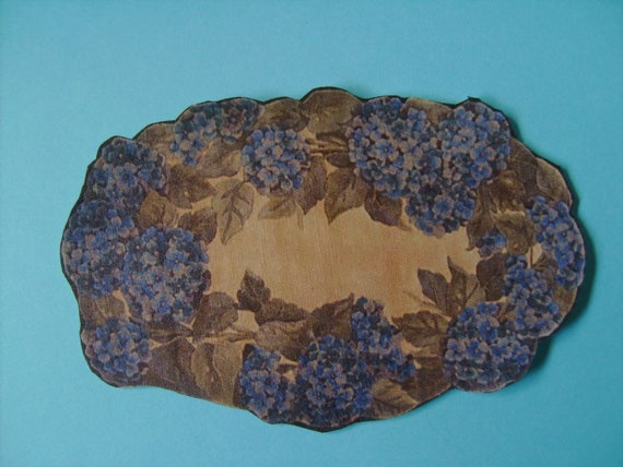Dollhouse More Miniature Blue Hydrangea Rug, Scale Half Inch
