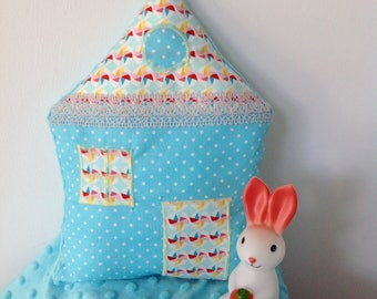 "Cushion shaped House theme ""Windmill"""