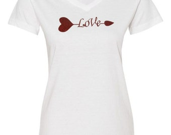 Valentines t shirt, Glitter V-Neck t-shirt, Ladies T-Shirt, Love Glitter, Love T-Shirt, Valentines Day, Valentines Day Ideas, Gifts for Her