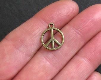 "Charm ""Peace & Love"""