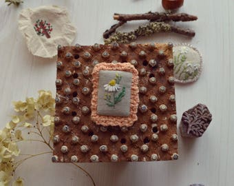 Brooch with embroidery Camomile field