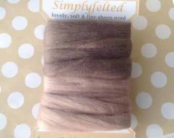 Needle felting wool, Merino wool tops, sheep wool fibre, felting wool, Soft and fine wool for needle felting and wet felting,