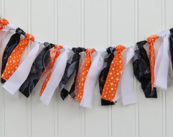 Halloween bat fabric garland, Bat garland, Bat fabric banner, Bat fabric garland, Bat banner, Halloween fabric garland, Halloween banner