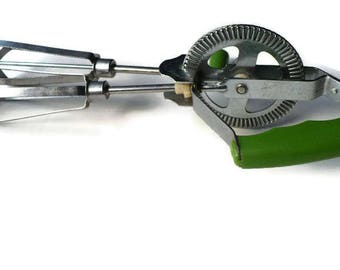 Vintage Kitchen Hand Mixer, Green Manual Mixer, Vintage Kitchen Mixer, Manual Hand Mixer