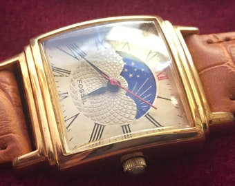 Moon Phase Watch, Superb FOSSIL Rectangular Mens Watch, Moon Phase Dial, Gold Tone Case, Black Hands, Quartz Battery, Red Seconds, Pristine