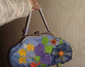 Handmade bag made of wool