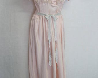1940s Barbizon Nightgown Taffeta Nightgown Nylon Nightgown Pink Nightgown