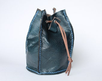 Handmade leather Drawstring pouch / Dice bag