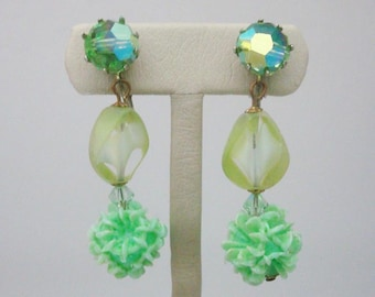 "2"" Drop Earrings Green Crystal Glass Plastic Vintage Jewelry r"