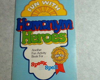 TI Speak & Spell Fun with Homonym Heroes fun activity book Unused 1980 13 pages