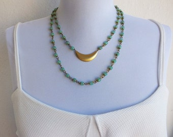 Turquoise green Bead Necklace Modern beaded Necklace
