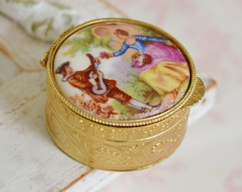 Vintage Small Trinket Box with a Victorian Style Cabochon Top