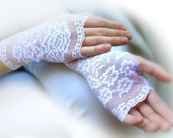 Bridal Gloves, Wedding Gloves. Lace Gloves. White Lace with Gold Pattern along the edges. Lace Gloves. Stretch Lace Fingerless Lace Glove.