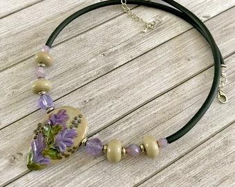 Flower lavande jewelry - gift for women - murano glass necklace - bohemian necklace - Artisan handmade lampwork - choker bib necklace