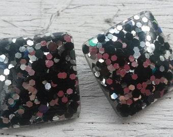 Vintage 80s rockabilly black and glitter stud earrings.