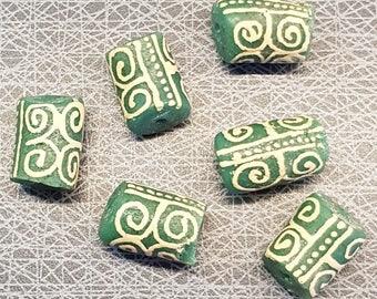 "6 huge green white African Ghana Krobo beads Adinkra symbol Dwennimen ""strenght and humility""2x1.5 cm"