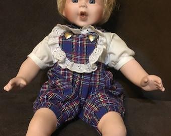 Doll, Porcelain Doll, Vintage doll, Vintage Collectible Doll, Decorative Doll, Home Decor, Gift Giving, Vintage doll of porcelain,