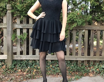 Vintage 80's 90's Black Lace Tiered Flounce Little Black Dress Party Dress with Cap Sleeves and Peephole Cutout on Back Size 4