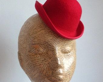 Felt Mini Bowler Hat  - Red  Millinery Supplies/Hat making/Steampunk/Photo Prop/ fascinator