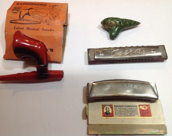 One Lot of Four Vintage Musical Instruments. Kazoophone,  Ocarina, Harmonikas