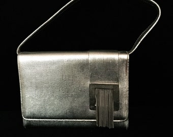 Saks Fifth Avenue :Silver and Chain Metal Hand Bag                           VG1576