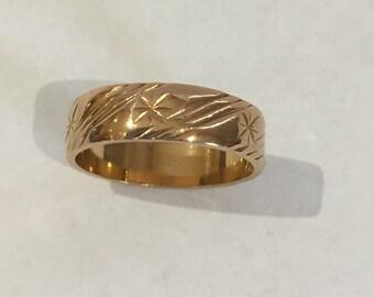 22 Carat Gold Engraved Wedding Band