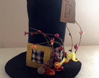 Thanksgiving Decor, Harvest Decor, Pilgrim Decoration, Pilgrim Hat, Pilgrim Hat Decoration, Whimsical Pilgrim, Harvest Kitchen, Autumn Decor