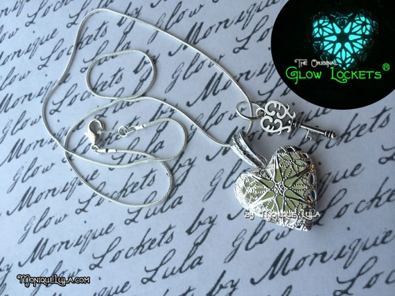 Key to my Heart Glow Locket ®, Glowing Necklace, Glow in the Dark Jewelry, Vintage Key, Silver Heart Locket, Glowies, Magic Pendant, Love
