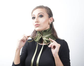Small Olive Green Diamante Fall Choker