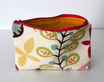 Mid-Century Floral/Orange Dots Zipper Bag